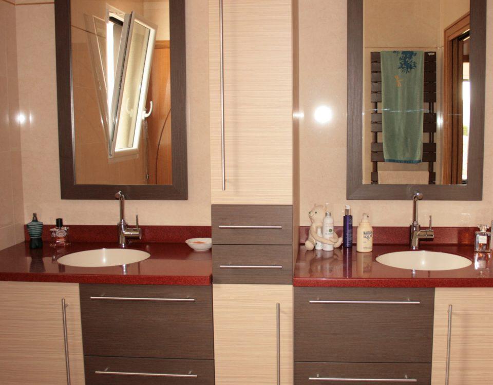 salle de bain noxi agencement. Black Bedroom Furniture Sets. Home Design Ideas