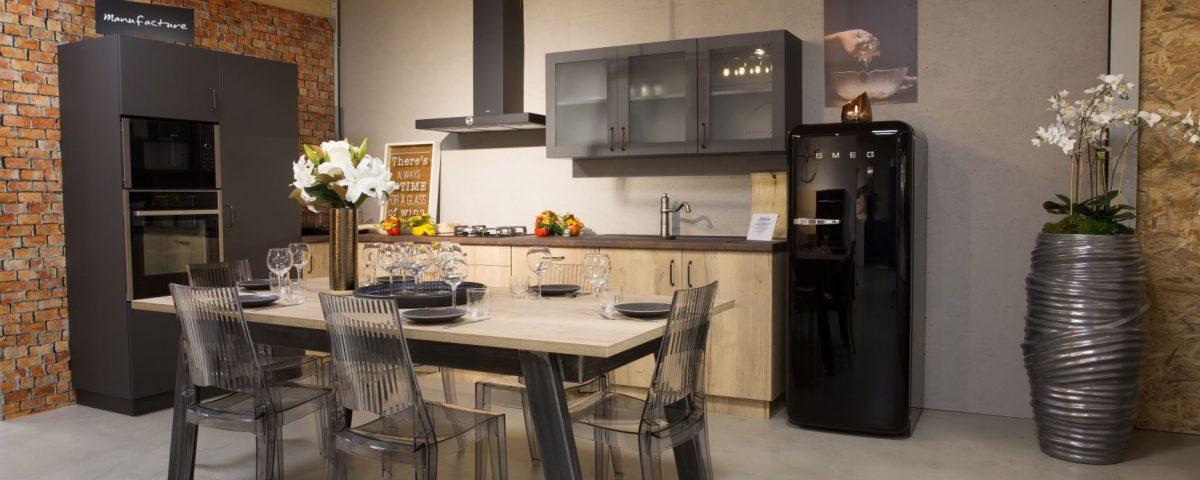 noxi-cuisine-industrielle-bois-metal-table